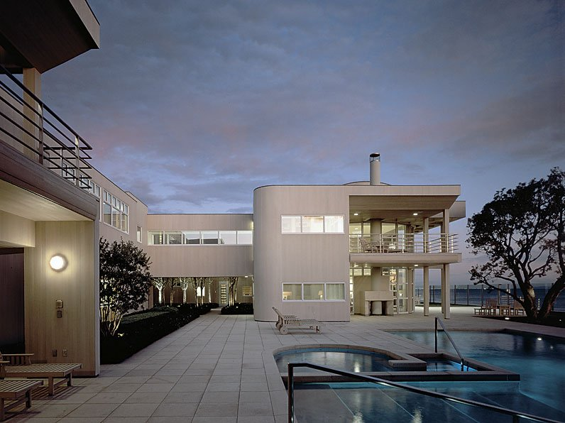 Ocean Front Residence 4