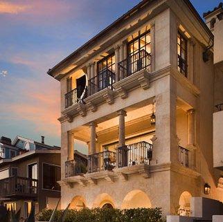 Strand Residence